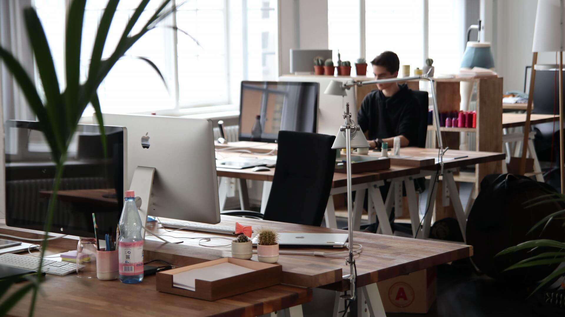 Ваши сотрудники и репутация компании — какая между ними связь?